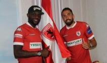 Chibuike ve Çağrı Samsunspor'a imza attı