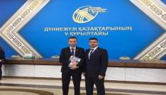 Dünya Kazakları Astanada toplandı