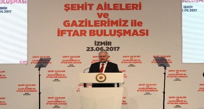 Başbakan Yıldırım, şehit aileleri ve gazilerle iftar yaptı
