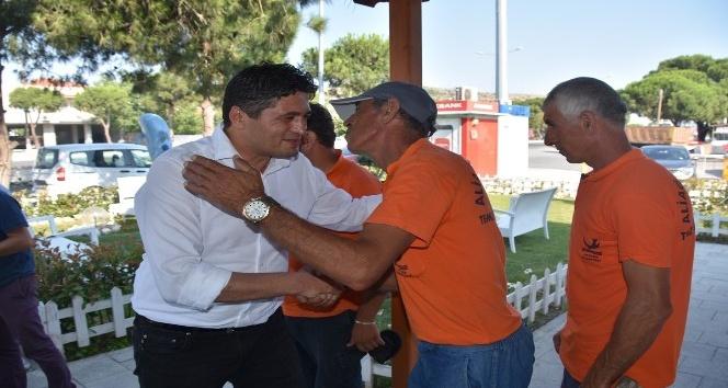 İzmirdeki belediye başkanları personelleriyle bayramlaştı