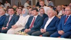 Başbakan Binali Yıldırım partililerle bayramlaştı