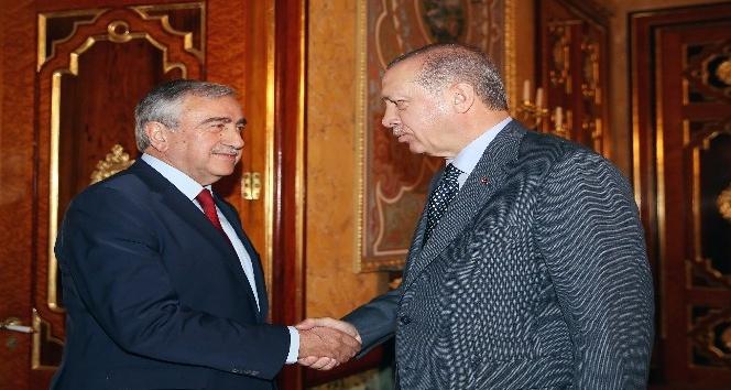 Cumhurbaşkanı Erdoğan, KKTC Cumhurbaşkanı Mustafa Akıncı ile görüşüyor