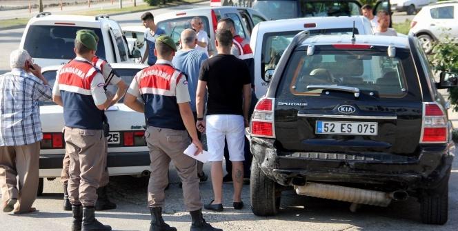Samsun'da 6 araç birbirine girdi: 9 yaralı
