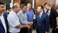 Vali Aksoy, Diyarbakırda vatandaşlarla bayramlaştı
