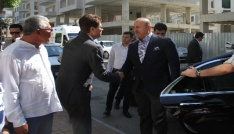 Bakan Çavuşoğlu, memleketi Alanyada hemşehrileriyle bayramlaştı
