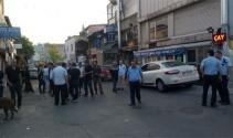 Müzikholdeki kavgada polisin silahı ateş aldı, 2 yaralı