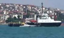 Rus kurtarma gemisi İstanbul Boğazından geçti