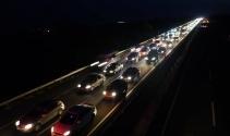 Tatil dönüşü Tekirdağda 50 kilometreyi aşan araç kuyruğu oluştu
