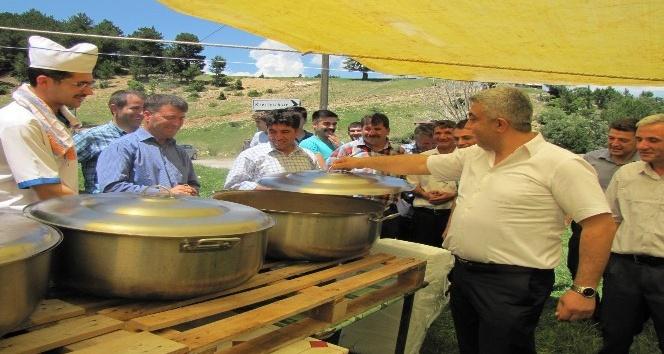 Aşçılar, Başkan Çalışkandan kapak kaldırma parası aldı