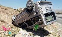 Bitlis'te kamyonet takla attı: 1 ölü, 4 yaralı