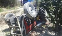 Tarlada çift sürerken traktörün altında kaldı