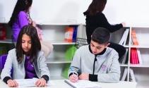 Uğur Okulları öğrencilere kariyer desteği sunuyor