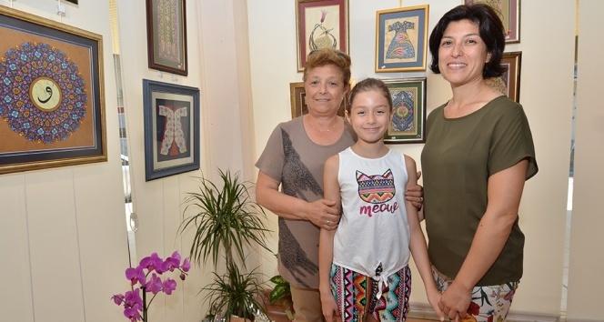 40 yıldır uğraştığı sanatı kızına ve torununa da öğretti