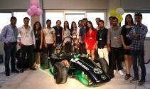 4'ü kız 21 mühendislik öğrencisi elektrikli araba üretti