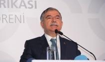 """Bakan Yılmaz: """"Türkiye'nin önceliği eğitimdir"""""""