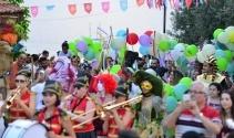 Kaleiçi Old Town Festivali renkli görüntülerle başladı
