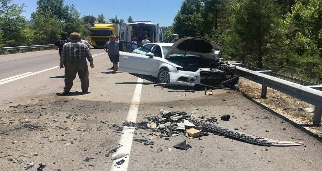 Avukat ve kardeşi kazada öldü