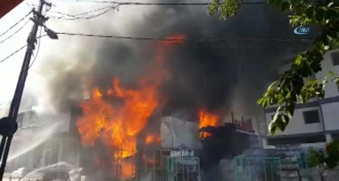 Antalyadaki orman yangını kontrol altına alındı...