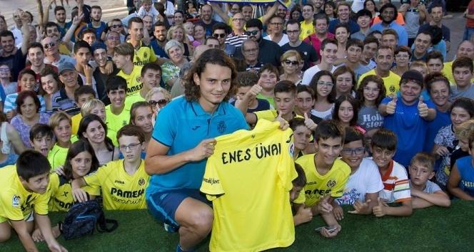 Villarreal, Enes Ünalı tanıttı