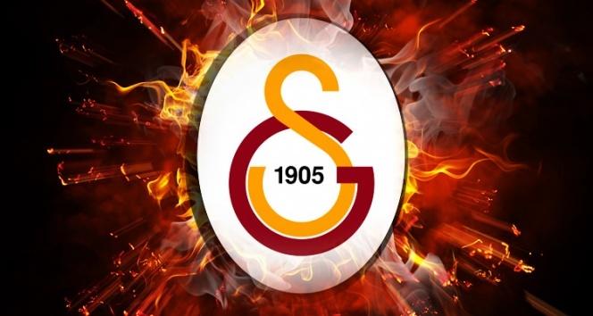 Galatasaray'ın yeni transferi Feghouli, İstanbul'a geldi