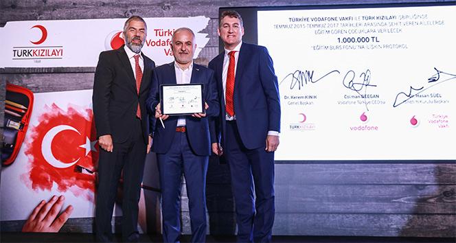Türkiye Vodafone Vakfı ve Türk Kızılayı'ndan şehit ailelerine destek