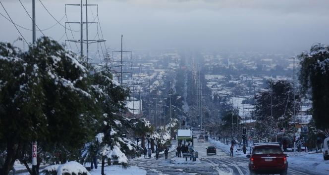 Şilide kar yağdı, 1 kişi hayatını kaybetti