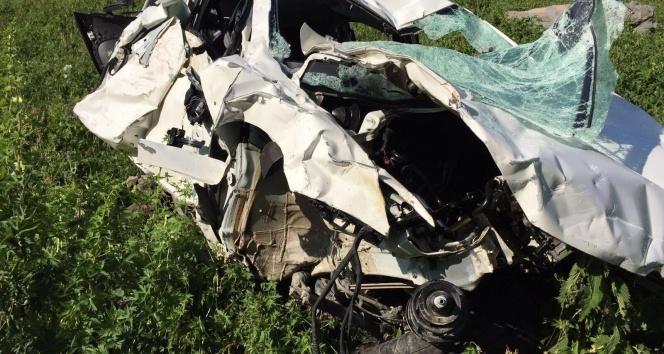 Artvinde trafik kazası: 4 ölü