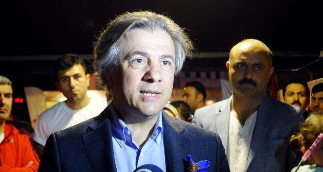 Taksimde 15 Temmuz demokrasi nöbeti