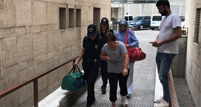 FETÖ şüphelisi kadın öğretmen polisten kaçmak için balkondan atladı, ayağını kırdı
