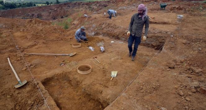 Uşakta 200 bin yıllık insan izleri bulundu
