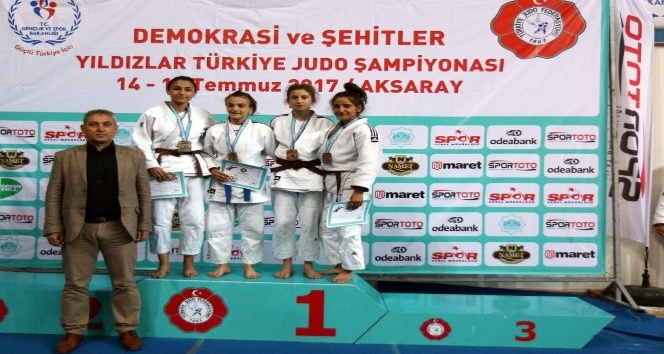 Yıldızlar Judo Şampiyonasından Rizeli sporcular madalya ile döndü