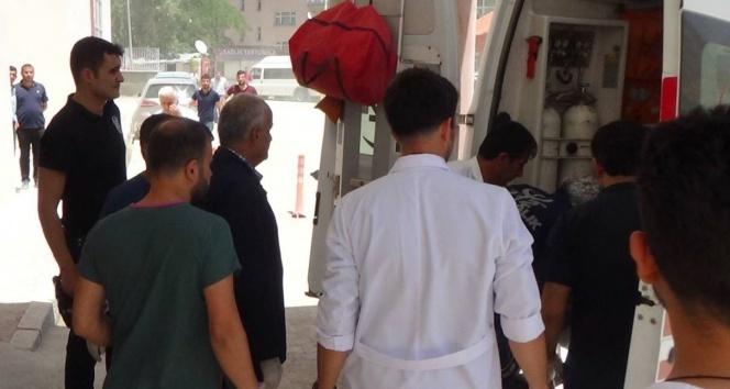 Patlamada yaralanan 4 asker Hakkariye getirildi