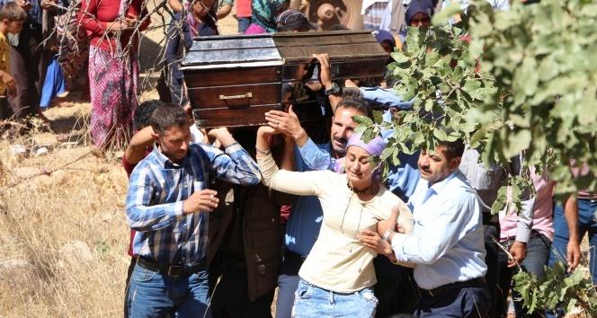 Teröristlerin katlettiği çoban toprağa verildi