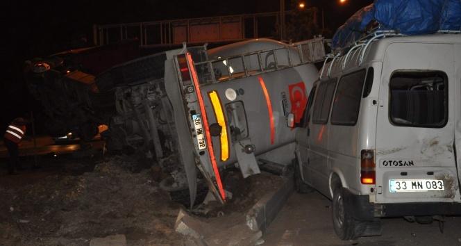 Eskişehirde zincirleme kaza: 6sı çocuk 19 yaralı