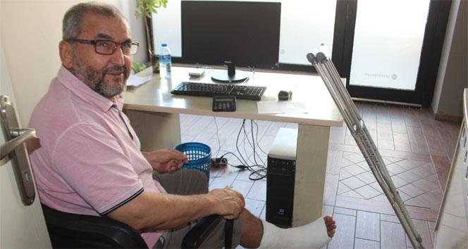 Ayağını kırdı yine de 40 yıllık geleneğinden vazgeçmedi