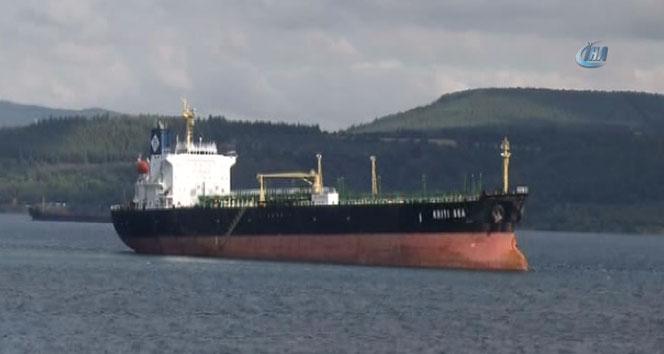 Çanakkale Boğazında gemi karaya oturdu