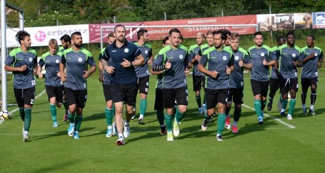 Atiker Konyasporun Avusturya kampı başladı