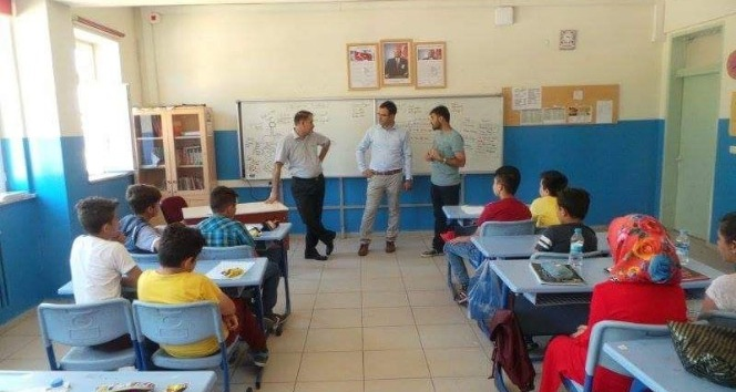 Çavdarhisar'da Yaz Dönemi Destekleme Kursları'na ilgi