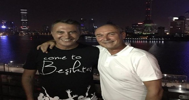 Fikret Orman, 'Come to Beşiktaş' tişörtünü giydi