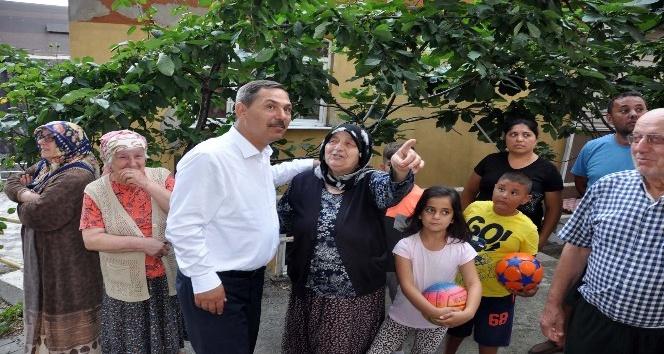 Başkan Uysal Akarca Mahallesinde halkı dinledi