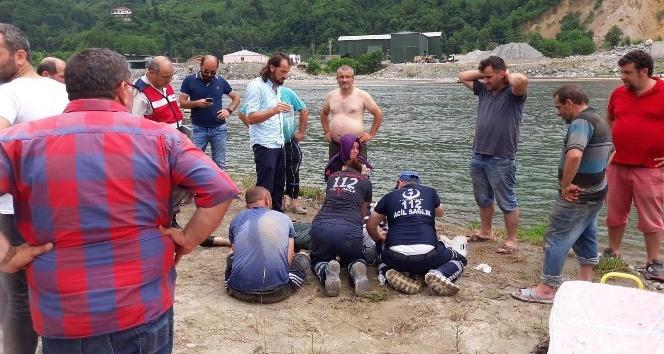 Derede kaybolan Nehiri aramak için Fırtına Deresine girdiler, sulara kapılarak boğulma tehlikesi yaşadılar