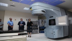 Sivas Numune Hastanesine 10 Milyon TL değerinde kanser cihazı.