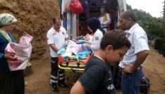 80 yıl sonra kapılarında ilk kez ambulans gördüler
