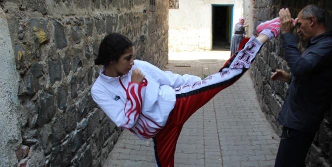 Sur'un dar sokaklarından şampiyonluğa