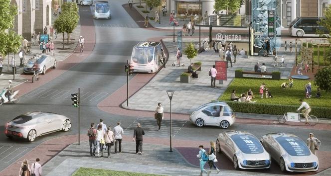 Kendi kendine giden akıllı otomobiller 2023'te yollarda olacak