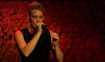Fransız şarkıcı Barbara Weldens, şarkı söylerken hayatını kaybetti