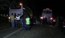 Otobüs traktörü ikiye böldü
