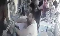 Otobüsün önünü kesen 15 kişi, 5 askeri bayıltana kadar dövdü