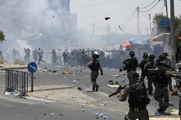 İsrail güçleri ile Filistinliler arasında çatışma çıktı