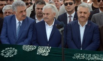 Devlet erkanı Bakan Aslan'ın kardeşinin cenazesinde bir araya geldi